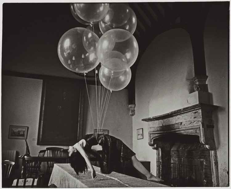 Ofelea and the Flying Balloons (Medium size)