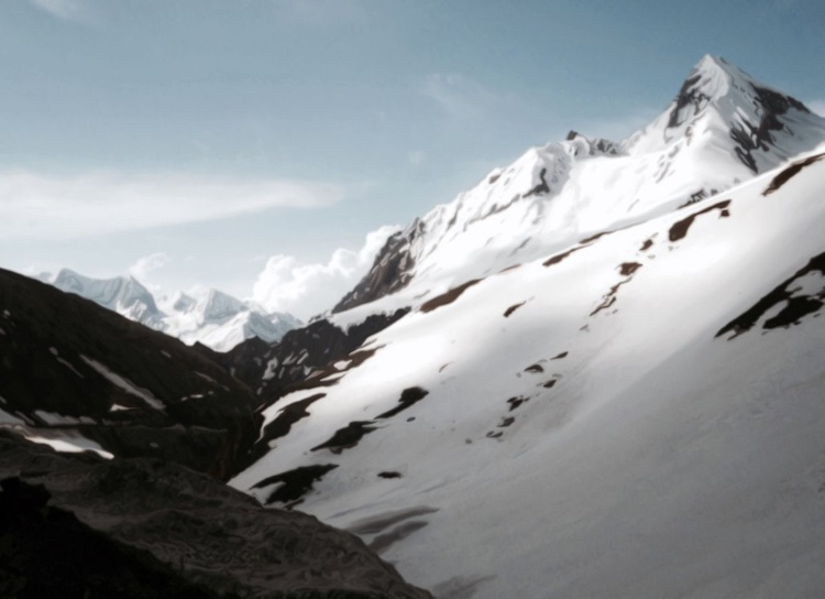 Mountain Peaks 100 x 140 cm - Image 0