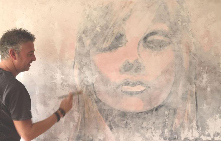 blond - Image 0