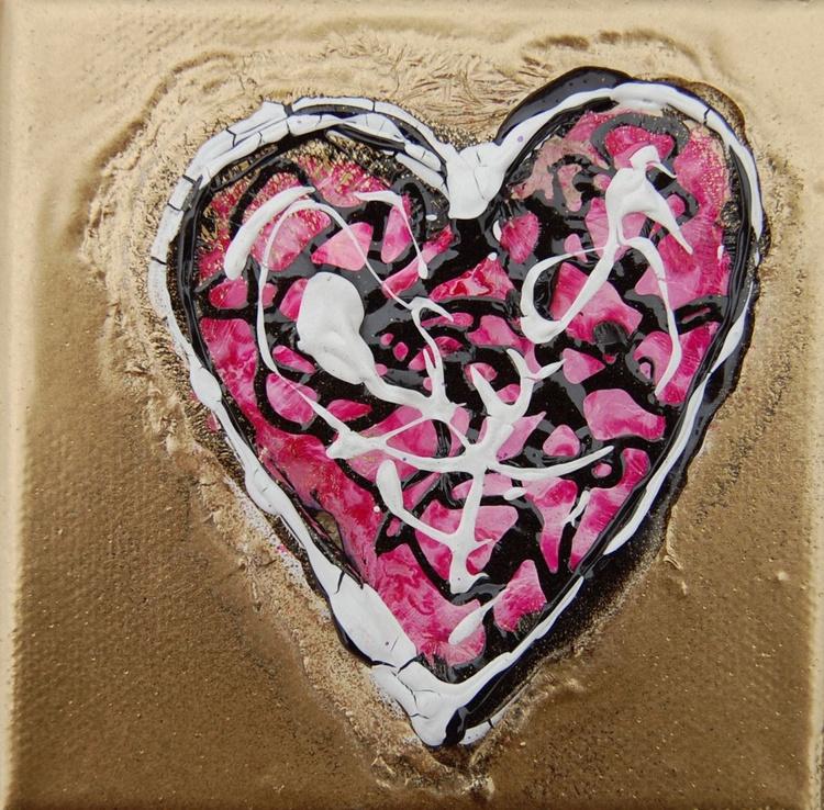 Mini Heart Pink 2 - Image 0