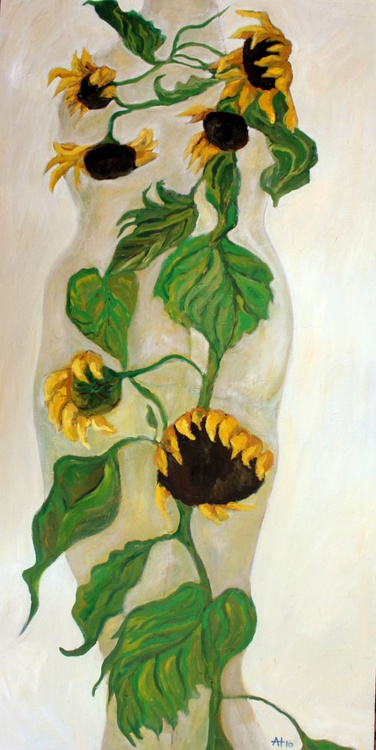 She stands alone (in the sunflower) - Image 0