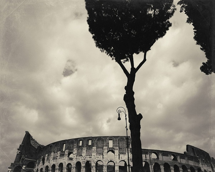 Colosseum tops - Image 0