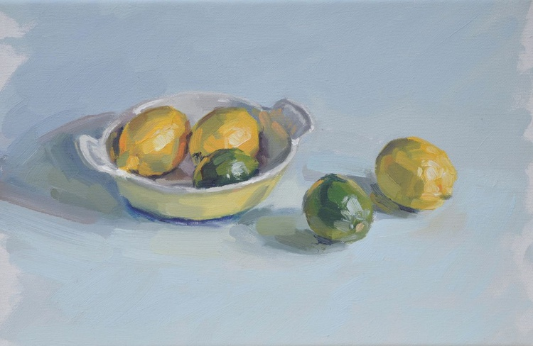 Lemons and limes in a baking dish - Image 0