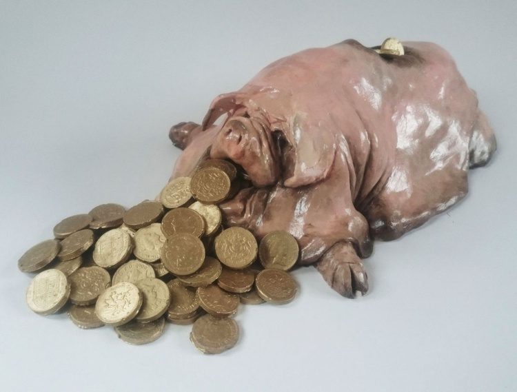 Poor Rich Pig - Image 0
