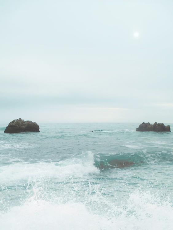 Turquoise tide - Image 0