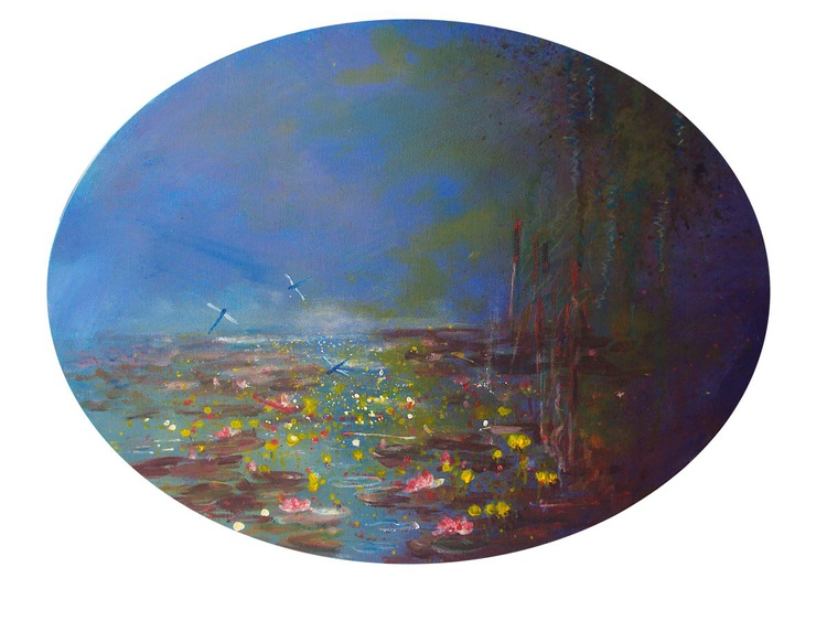 Waterlily study oval - Image 0