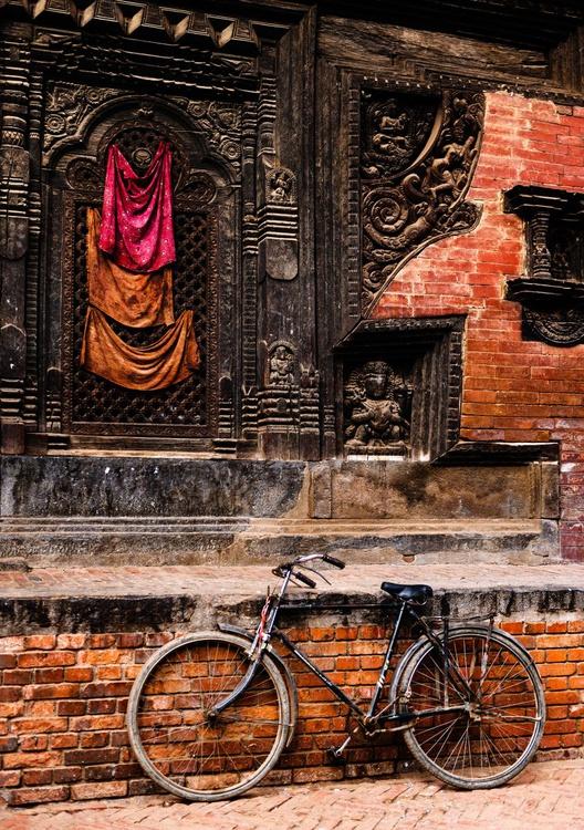 Durbar Square, Bhaktapur. (84x119cm) - Image 0