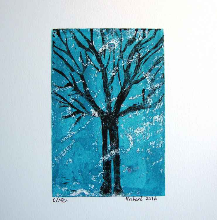 Tree on turquoise