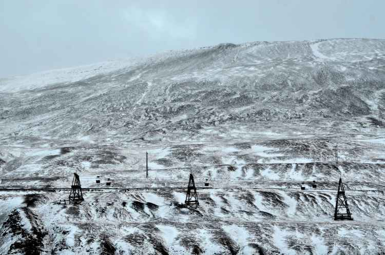 Longyearbyen: the old coal cable carts -