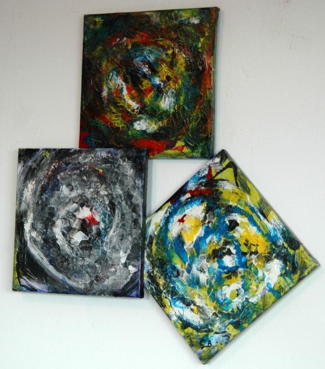 3 SQUARES - Image 0