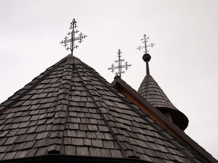 Domes and crosses - Image 0