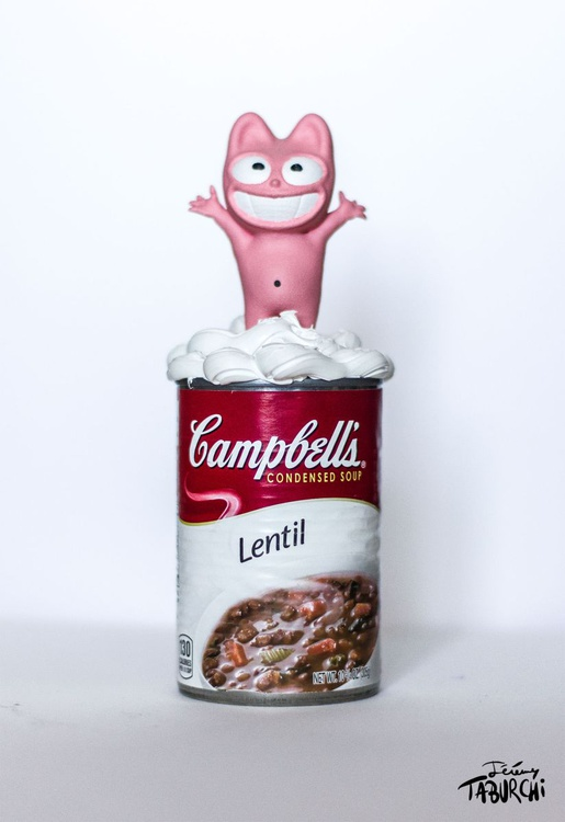 Pink Cat on a Campbells'Soup Lentil - Image 0