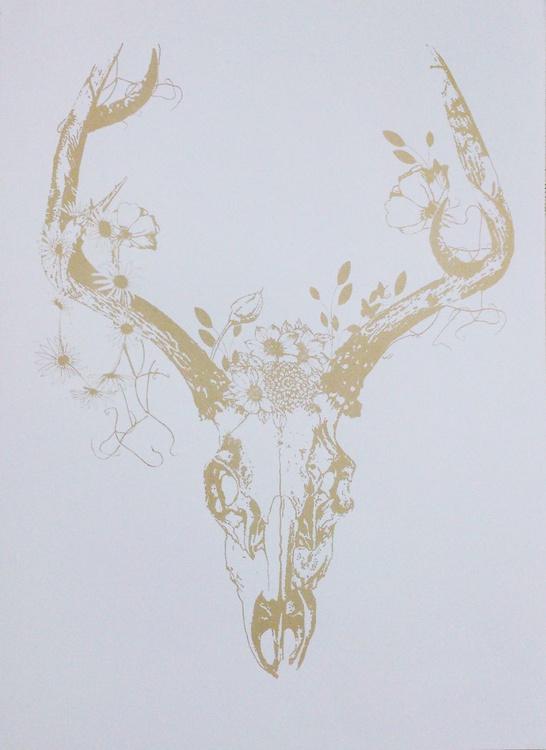 Deer Skull with Golden Foliage - Image 0