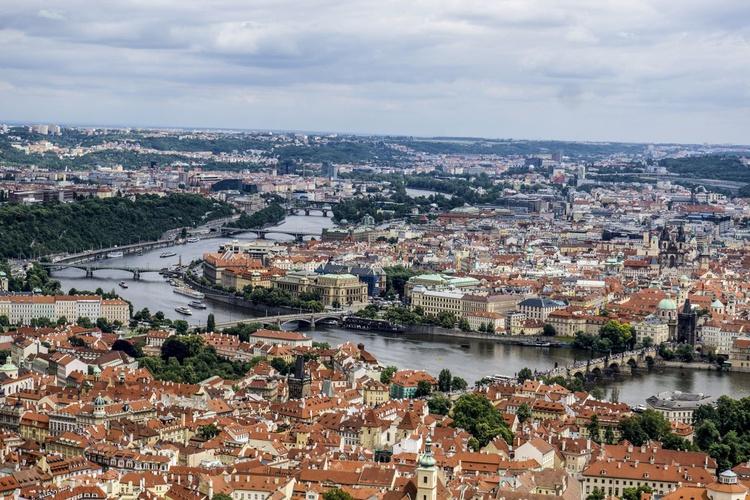 "Prague Cityscape Limited edition  1/150 12""x 8"" - Image 0"