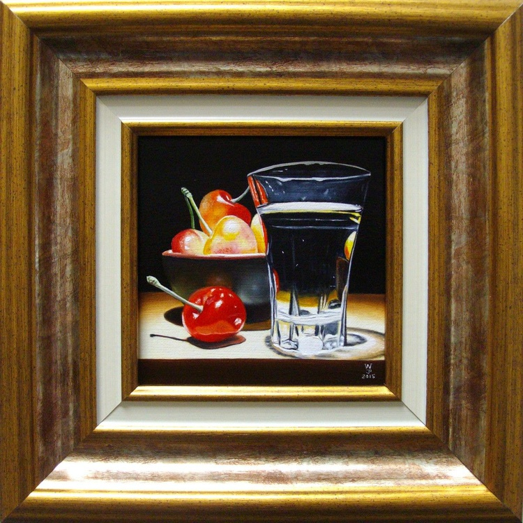 Cherries with shot glass - Image 0