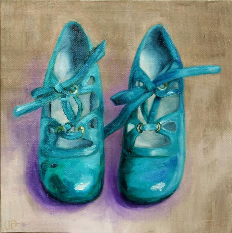 The blue shoes - Image 0