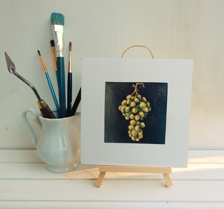 Grapes. Miniature. Easel is included. Gift painting. Ready to hang. - Image 0
