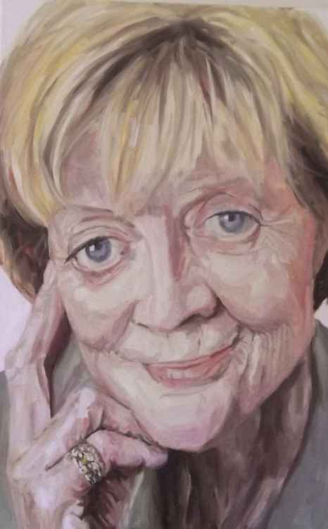Dame Maggie Smith -