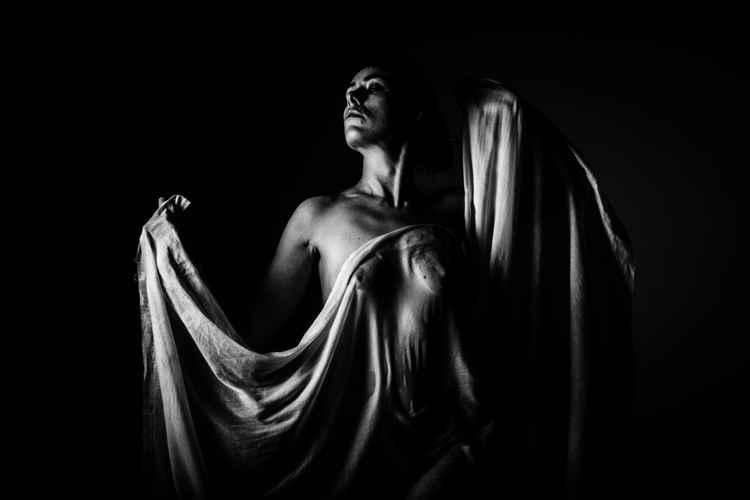 Statuesque -