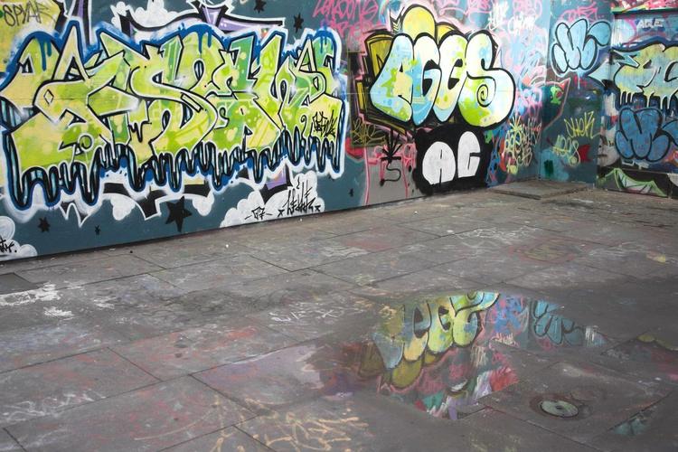 South Bank Graffiti, London - Image 0