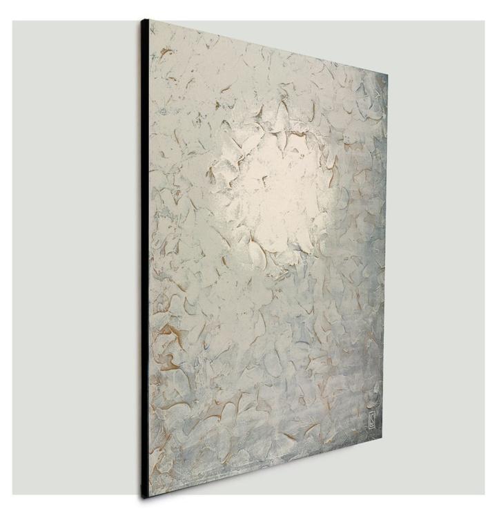 SILVER MOON LIGHT - Image 0