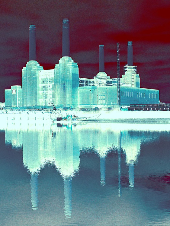 """BATTERSEA POWER STATION  NO:8  Limited edition  1/50 12"""" x 16"""" - Image 0"""