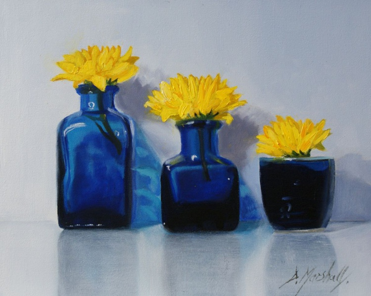 Mums in  Blue 25 x 20cm  oil on canvas panel - Image 0