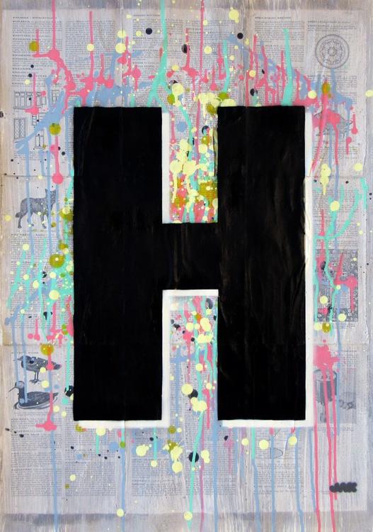 H - Helvetica Heavy Condensed - Image 0