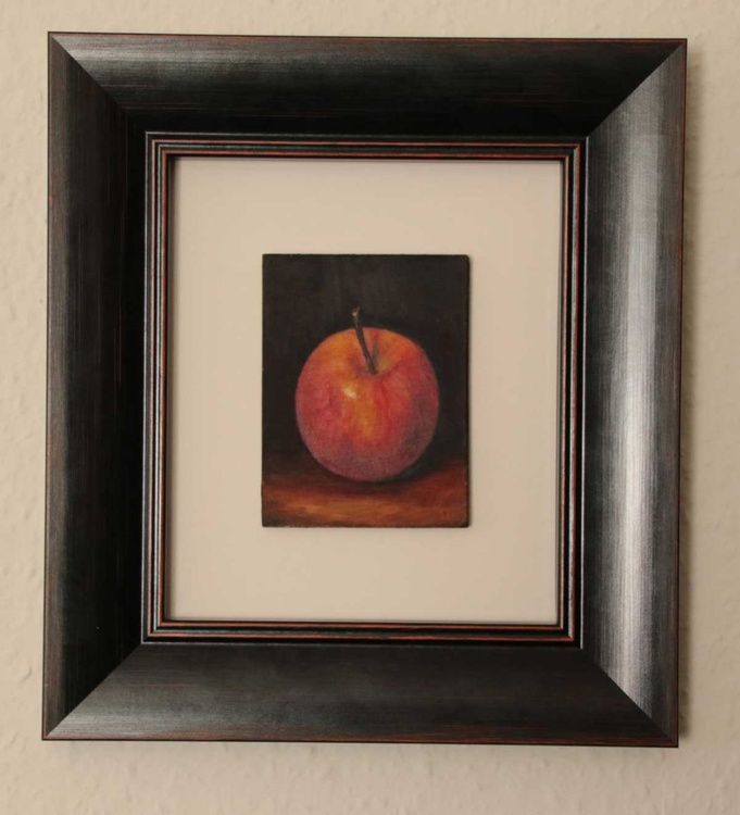 Red Apple - Image 0