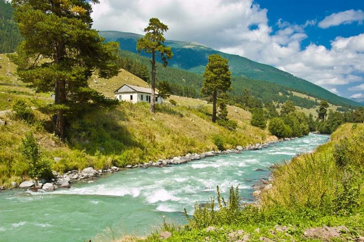 Mountain river - Image 0