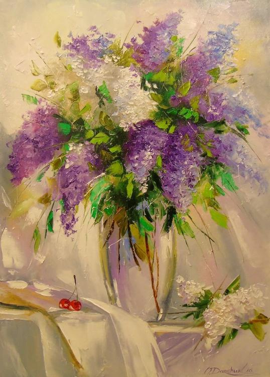 A bouquet of lilacs - Image 0
