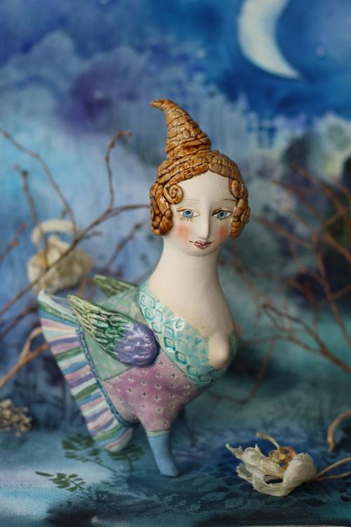 Sweetie bird. Ceramic sculpture - Image 0