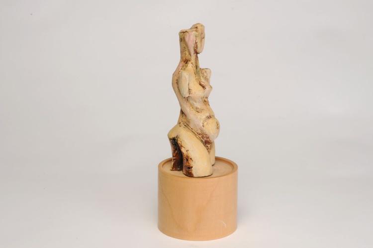 Archaic Figure - Image 0