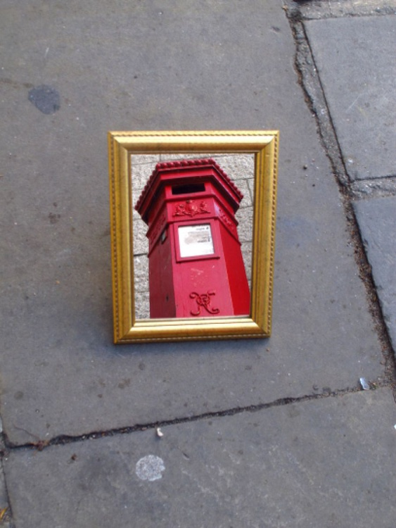 "FRAME IT!!!! NO:8 VINTAGE POSTBOX PENFOLD(LIMITED EDITION 1/200) 10"" X 8"" - Image 0"