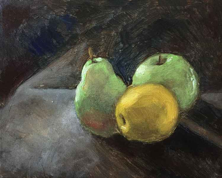 A Pear, A Lemon and An Apple