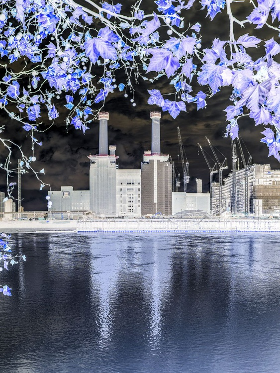 """BATTERSEA POWER STATION  2015 INVERT NO3  Limited edition  1/150 8""""X12"""" - Image 0"""