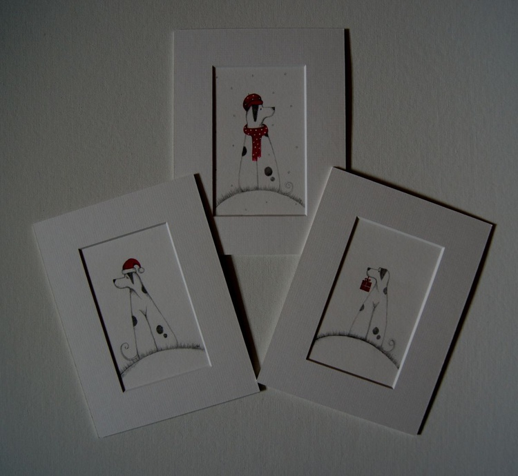 A Set of 3 Wee Molly's.., - Image 0