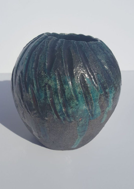 Dark Green Vase - Image 0