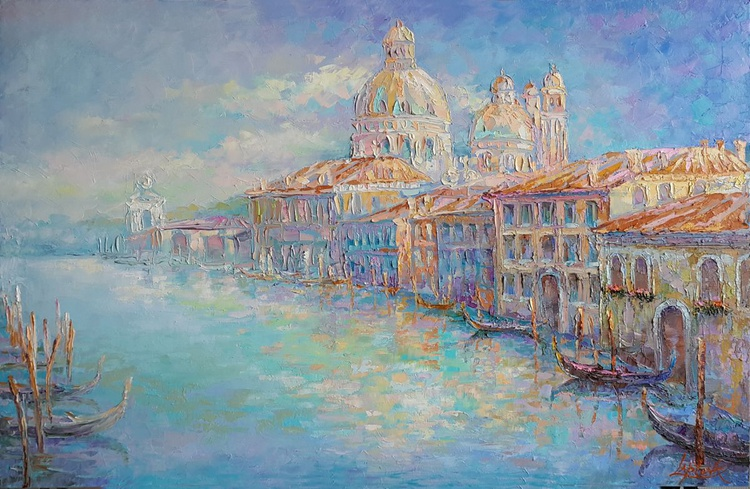 Azure Grand Canal - Image 0