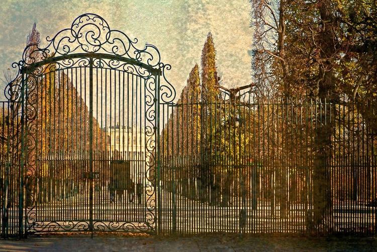 Gate to Autumn - Image 0