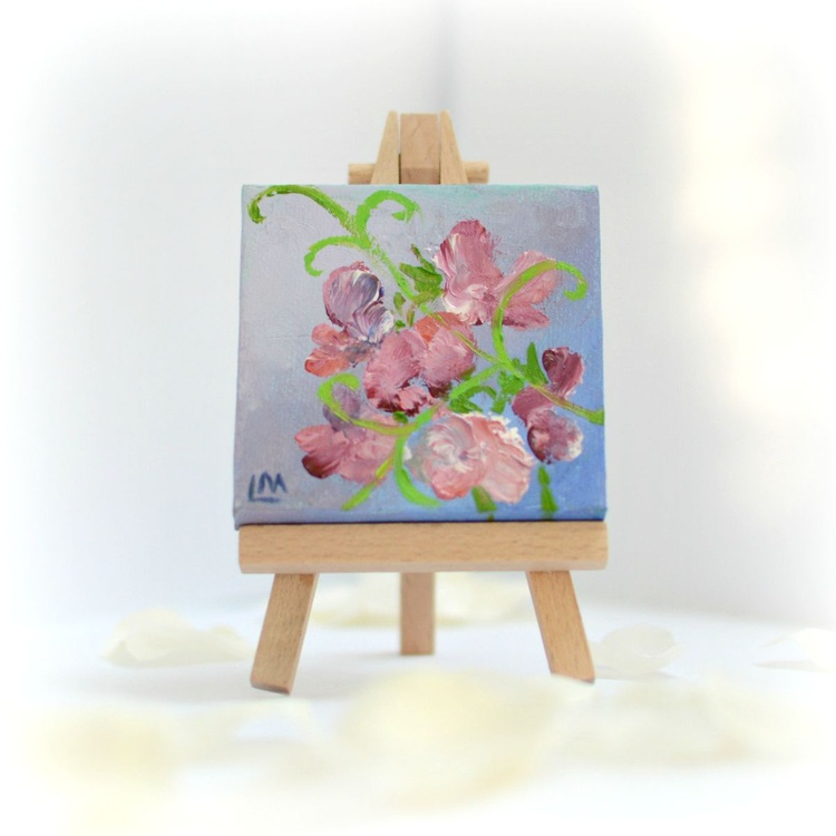 Sweet peas miniature painting with display easel - Image 0