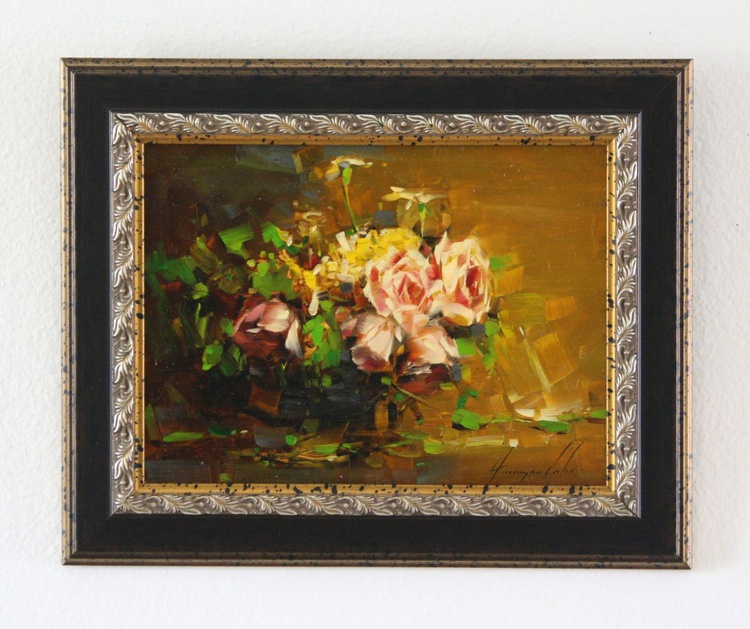 Vase of Roses Handmade oil Painting Framed Ready to hang Signed One of a Kind - Image 0