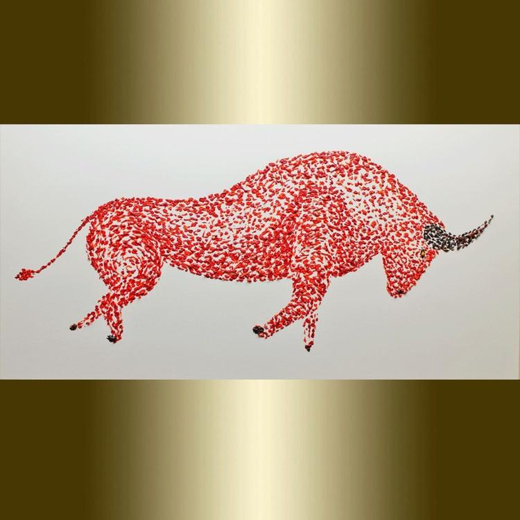 Animal Red Bull. - Image 0
