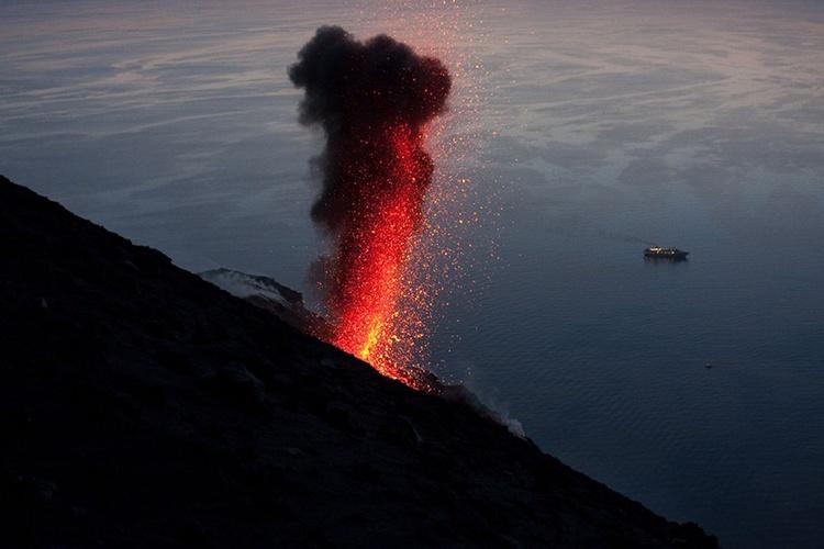 Volcano Explosion - Image 0