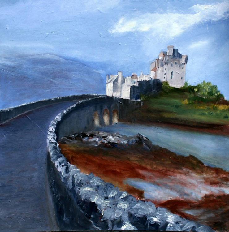At the end of the bridge: Eilean Donnain - Image 0