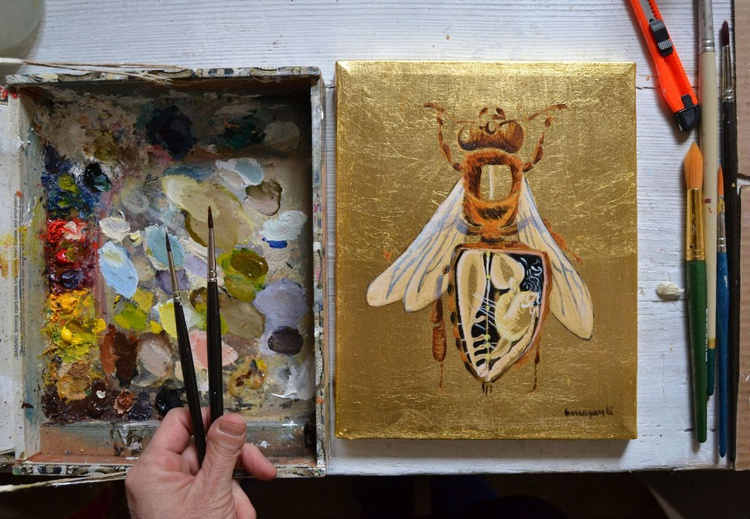 My Little Golden Bee Oil Painting on Lacquered Golden Leaf - Image 0