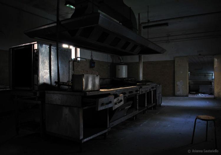 Abandoned Kitchen - Image 0