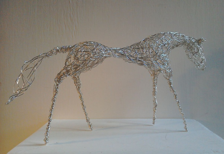 Silver Racehorse - Image 0